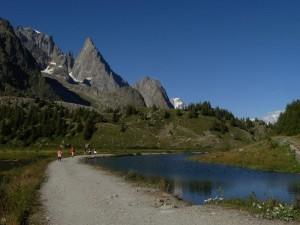 Lago Combal e morena del Miage - Foto di Gian Mario Navillod.
