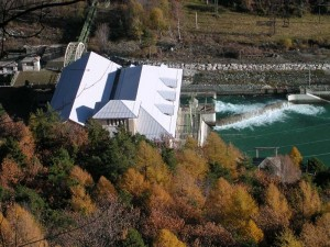 Centrale idroelettrica di Covalou dal Ru Marseiller - Foto di Gian Mario Navillod.