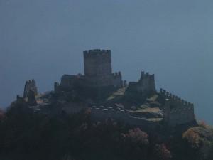 Castello di Cly dal Ru Marseiller - Foto di Gian Mario Navillod.