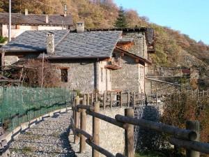 Ru Marseiller a valle del villaggio di Gubioche - Foto di Gian Mario Navillod.