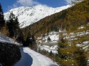Sulla Via Francigena a Saint- Rhémy-en-Bosses in Valle d'Aosta – Foto di Gian Mario Navillod.