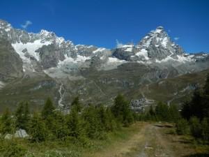 Monte Cervino e Grandes Murailles dal sentiero per il Bec Pio Merlo - Foto di Gian Mario Navillod.