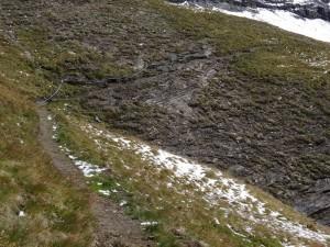 Tratto attrezzato del sentiero 8G per il Bivacco Glarey Muggia - Foto di Gian Mario Navillod.