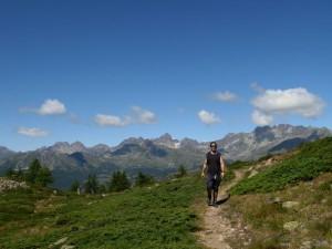 Sentiero belvedere sotto il Monte Tantané - Foto di Gian Mario Navillod.