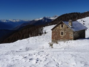 Panorama dall'ex rifugio CAI della Portola intitolato a Maria d'Entrèves Gamba - Foto di Gian Mario Navillod.
