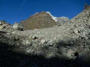 Lago del Miage, sub-bacino 2 vuoto - novembre 2014 - Foto di Gian Mario Navillod.