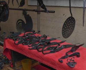 Fiera di Sant'Orso 2012, opere d'arte in ferro battuto - Foto di Gian Mario Navillod.