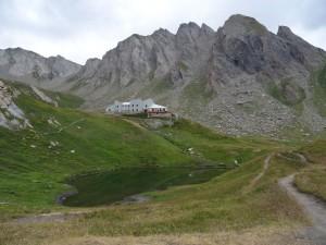 Rifugio Frassati lungo l'Altavia 1 della Valle d'Aosta - Foto di Gian Mario Navillod.