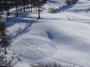 Il labirinto di San Valentino 2016 a Chamois - Foto di Gian Mario Navillod.