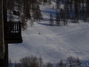 Il labirinto dell'8 marzo 2016 visto da Chamois - Foto di Gian Mario Navillod.