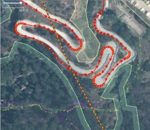 Esempio di foto aerea georeferenziata: la strada di accesso al forte di Bard secondo il PCN2012.