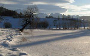 Inverno al lago di Lod di Antey - Foto di Gian Mario Navillod.