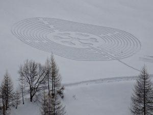 Il labirinto dell'8 marzo 2017 visto dalla terrazza dell'Hotel Maison Cly di Chamois - Foto di Gian Mario Navillod.