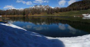 Ultima neve al Lago di Lod di Chamois - Foto di Gian Mario Navillod.
