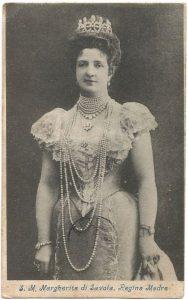 La Regina Margherita di Savoia in una cartolina spedita nel 1905 - Collezione Gian Mario Navillod.