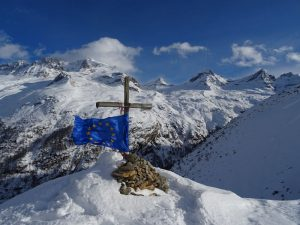 Nel cuore del Parco Nazionale del Gran Paradiso la Croce dell'Arolley (Croix de la Roley) - Foto di Gian Mario Navillod.