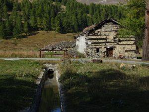Ru Blanc di Nus e Alpe Champcombre - Foto di Gian Mario Navillod.