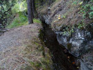 Tratto nella roccia del Ruet di Sarre - Foto di Gian Mario Navillod.