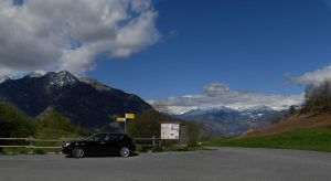 Parcheggio al Col d'Arlaz - Foto di Gian Mario Navillod.