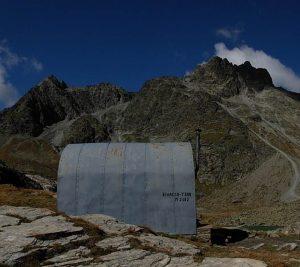 Bivacco Tsan/Tzan/Cian in estate - Foto di Gian Mario Navillod.