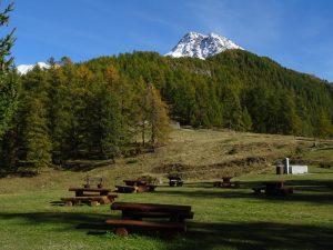 Area picnic al Col Pilaz e monte Tantané - Foto di Gian Mario Navillod.