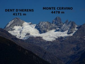 Dent d'Hérens e Cervino visti dal Ru de Vaud - Foto di Gian Mario Navillod.