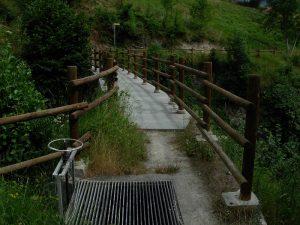 Petit-Arvou ponte acquedotto del Ru Champapon sul Torrente Parleaz - foto di Gian Mario Navillod.