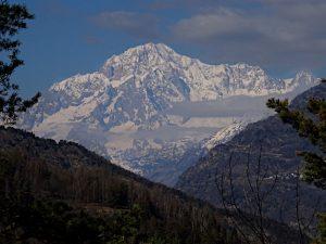 Il Monte Bianco visto dal Ru de Champlong - foto di Gian Mario Navillod.