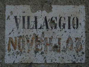 Villaggio di Noveilloz lungo il Ru d'Arberioz - foto di Gian Mario Navillod.
