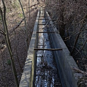 Ponte canale del Ru Bourgeois - foto di Gian Mario Navillod.