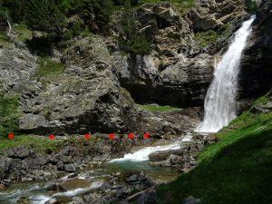 Presa del Ru de Serve sul torrente Grauson - foto di Gian Mario Navillod.