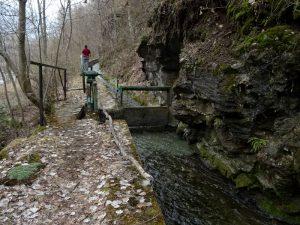 Sentiero e Ru de la Ferrière - foto di Gian Mario Navillod.
