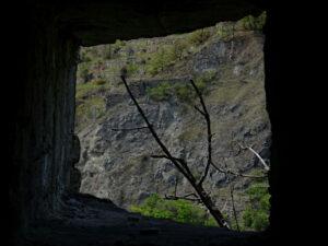Opera del caposaldo di Villeneuve (Villanova Baltea) vista dall'apertura per l'apparecchio fotofonico - foto di Gian Mario Navillod.